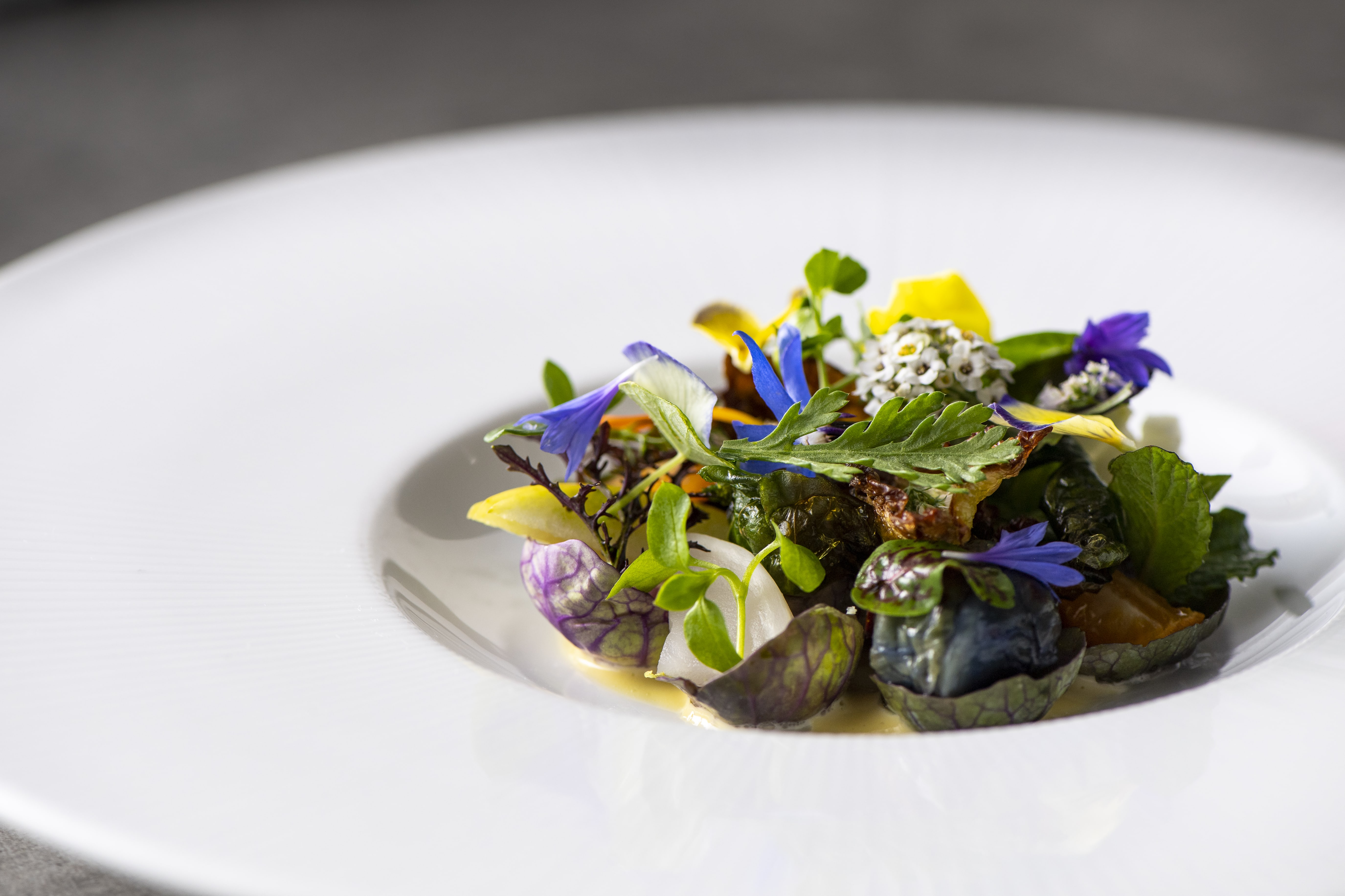 Manresa_Into_the_Vegetable_Garden_photo_credit_Marc_Fiorito-0001.jpg